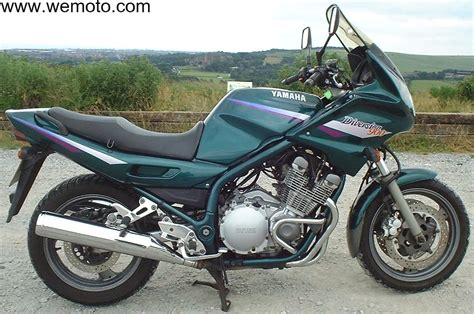 xj 900 diversion the yamaha 900 at motorbikespecs net the motorcycle specification database