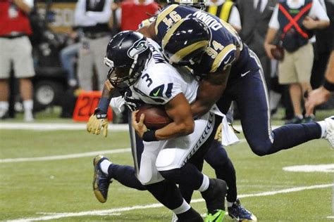 st louis rams  seattle seahawks breaking  st