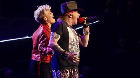 """P!nk Joins Guns N' Roses For """"patience"""" At Madison Square"""