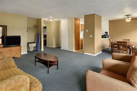 hotels  seattle wa travelodge university seattle