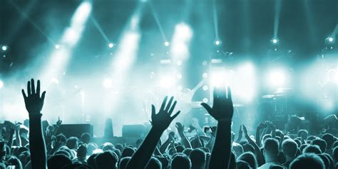 コンサート スタッフ ライブ パワー