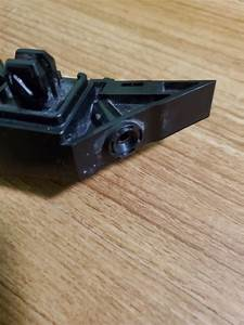 71193 Tba A00 Front Right Mount Guide Bracket Retainer For