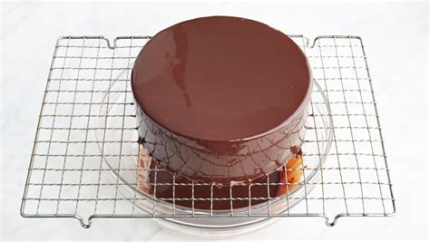 jacques torress shiny chocolate glaze