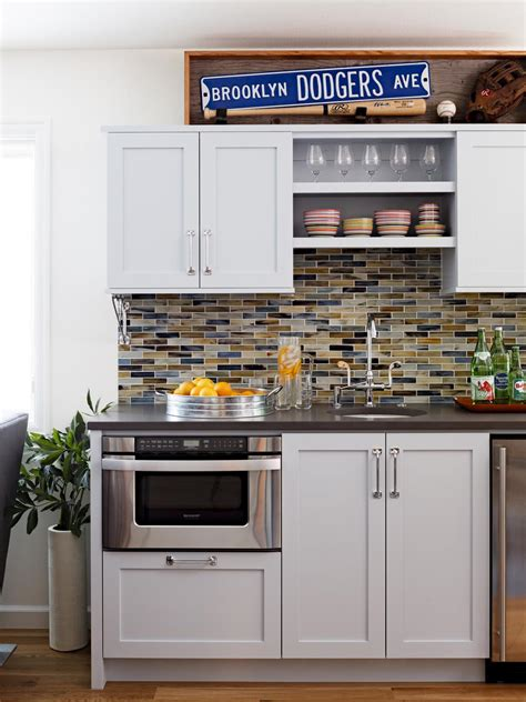 ways    small kitchen  bigger mosaik design