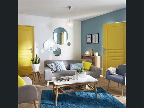 salon sejour bleu jauneorange amenagement du salon