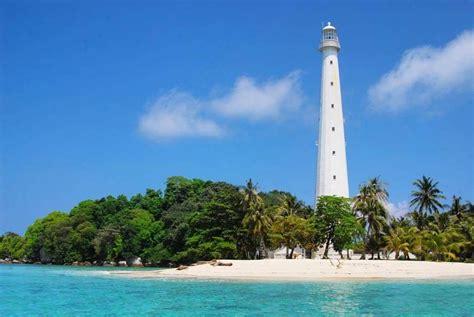 pulau lengkuas bangka belitung  mercusuar bersejarah