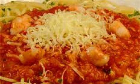 Simak resep dan cara membuat spaghetti yang mudah bagi pemula berikut ini, dilengkapi dengan bahan dan cara. Resep Spaghetti Bumbu Bali Yang Enak Dan Lezat - sajiankuliner.com