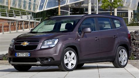 Chevrolet Orlando Backgrounds by Chevrolet Orlando 2010 Wallpapers And Hd Images Car Pixel