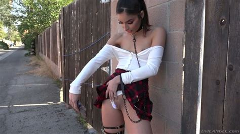 Explicit Looking Chick In Short Skirt Emily Willis Wanna Get Lubed Holes Nailed