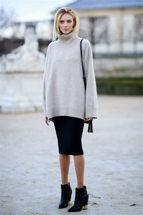 How to Wear an Oversized Sweater - ChicTrends
