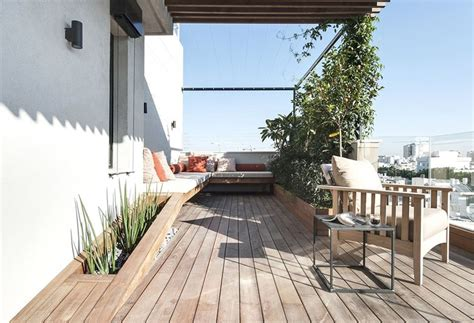 Back Deck Furniture Ideas