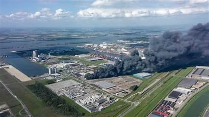 Moerdijk Recyclingbedrijf Bij Uitslaande Explosie Grote Raakt