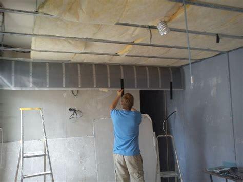 comment insonoriser un plafond comment poser un faux plafond dans les combles 224 reims devis en ligne peinture carrosserie