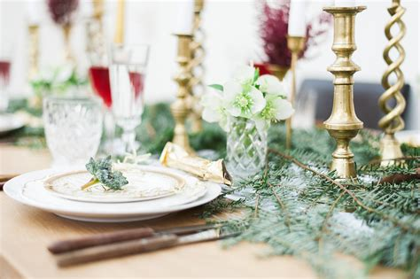 Create Your Own Last Minute Foraged Christmas Table Under Cabinet Microwave Oven Stainless Glass Shelves For Cabinets Garage Sacramento Ca Class I Biosafety Portfolio Rolling Tool Sale White Bathroom Floor Kitchen Doors