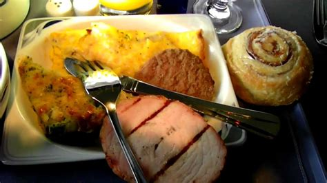 Hd Continental Airlines 737-500 Food Service In First