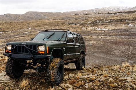 tribute   straight  jeeps legendary