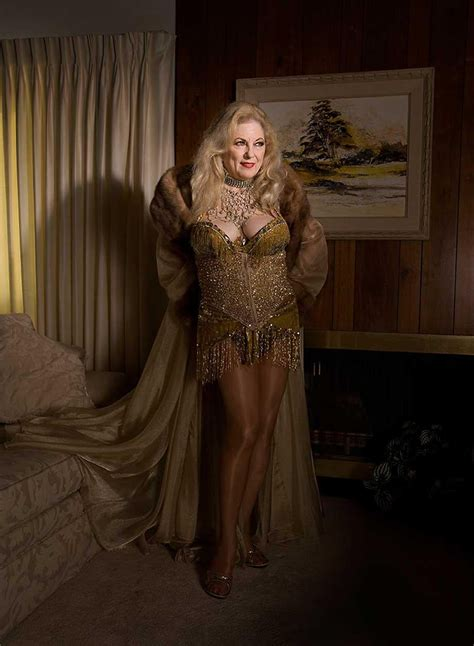stephanie diani dames  legends  burlesque focuses