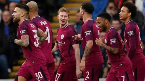 De Bruyne scores with free kick under the wall for Man City