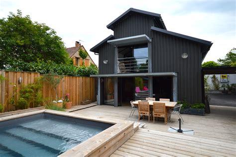 hangar transforme en loft avec piscine  bordeaux