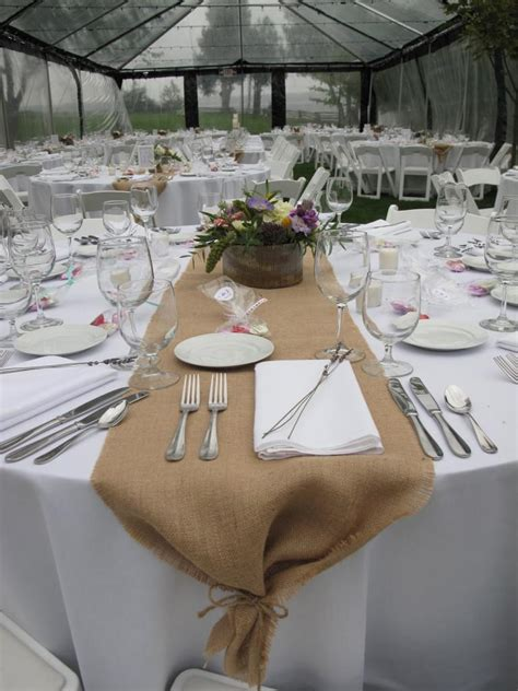 decorating awesome table runner with white cover and burlap table runner for wedding
