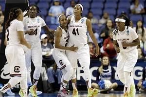NCAA Women's Basketball Tournament 2015: Friday Sweet 16 ...