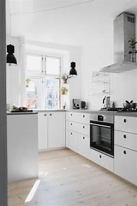 Ikea Küche Inspiration : homestory zu besuch bei kasper theresa in kopenhagen kitchen interior inspiration ~ Watch28wear.com Haus und Dekorationen