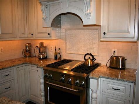 Beige Subway Tile Kitchen Backsplash With A Monochromatic