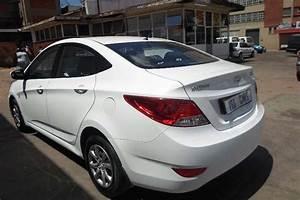 2013 Hyundai Accent Sedan 1 6 Fluid Sedan   Petrol    Fwd