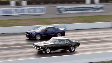 Mustang Vs Camaro Drag Race chevy camaro vs ford mustang drag race