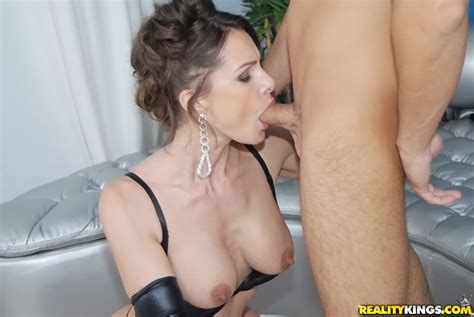 Hot Milf In Leather Gloves Nora Noir Gives Sensual Blowjob And Gets Shagged