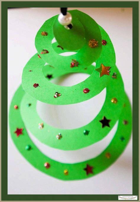 weihnachtsbaumschmuck basteln mit kindern die besten 25 basteln f 252 r kinder ideen auf eisstiel weihnachts diys kindergarten