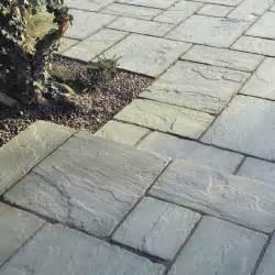 steinplatten f 252 r terrasse verlegen terrassenplatten