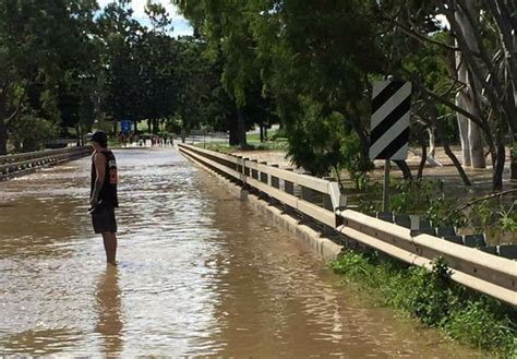 rivers  rising  jimboomba jimboomba times