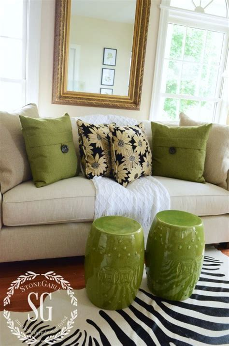 where can i get sofa cushions restuffed 5 no fail tips for arranging pillows stonegable