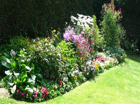 best flowers for small gardens design small bedroom layout best flowers for container gardening gardening tips flower garden