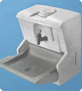 handyman 12 volt portable sink unit compact mobile for vehicles with no plumbing required