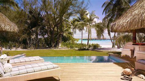 bora seasons four polynesia resort french luxury hotel pool perfect destination relaxation provides homedezen hotels too fourseasons week borabora architecture