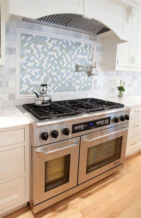 Kitchen Range Backsplash by Range Backsplash Design Ideas Backsplashdesign