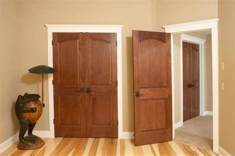 Curved Common Arch 2 Panel Doors With Raised Panels