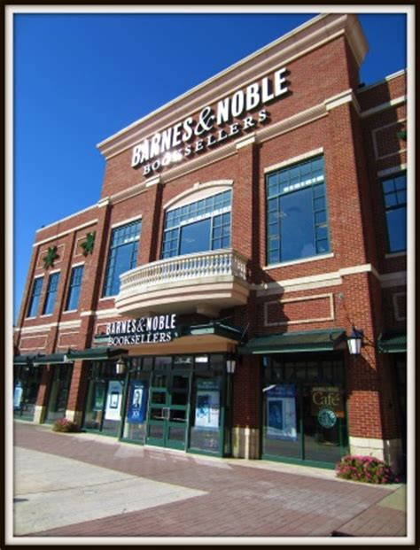 barnes and noble cincinnati out about around town newport on the levee