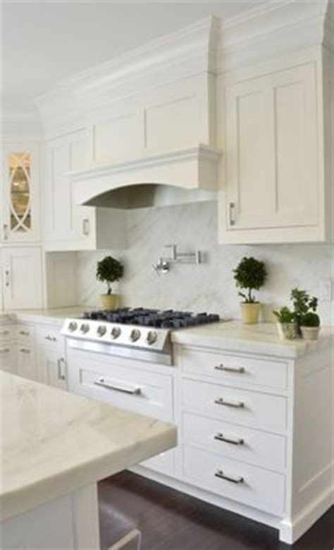 murals for kitchen backsplash 36 quot cabinets with 6 quot stacked molding 8 foot 3416