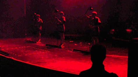Laing  Wechselt Die Beleuchtung (live) Volksbühne