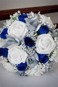 Bouquet De Mariage : bouquet de roses bleues et blanches mariage bleu marine ~ Preciouscoupons.com Idées de Décoration