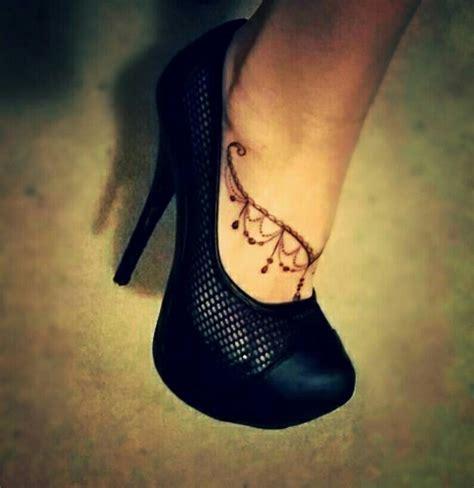 tatouage bijou bracelet dentelle de pied tatouages