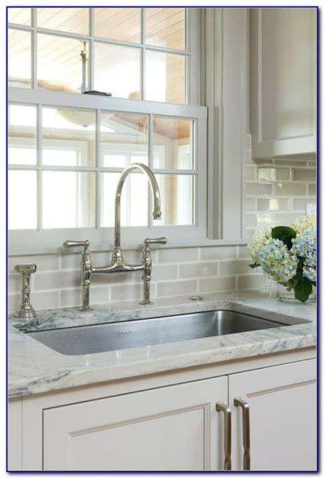 houzz kitchens backsplashes beveled subway tile backsplash houzz tiles home design