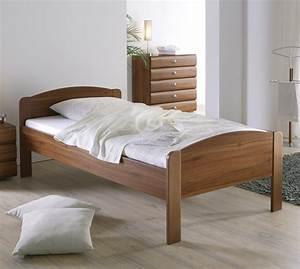 Senioren Schlafzimmer Mit Einzelbett : seniorenbett in z b 140x200 cm gr e bett san martino ~ Indierocktalk.com Haus und Dekorationen