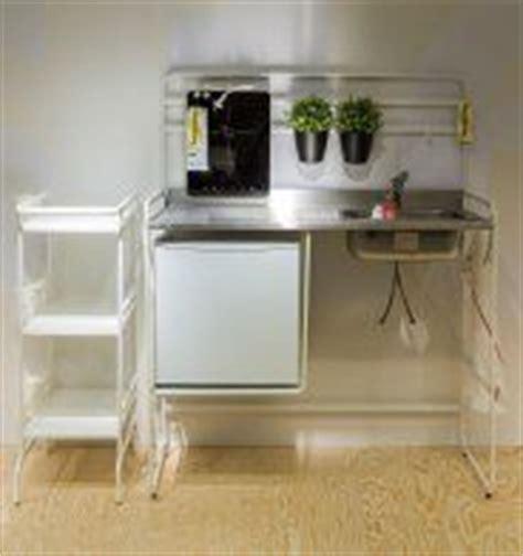 plaque aluminium cuisine ikea mini cuisine quot sunnersta quot et une plaque d induction portable quot tillreda quot ikea bureaus tiny
