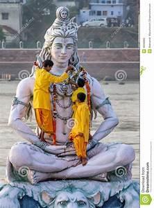Servants Decorate Large Statue Of Hindu Lord Shiva ...