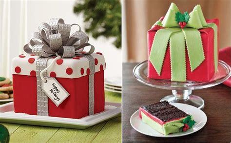 Classic Christmas Cake Designs
