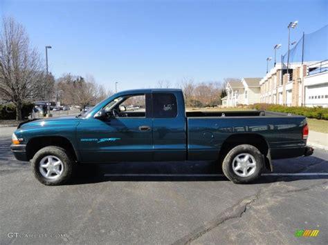 Emerald Green Metallic 1997 Dodge Dakota Sport Extended